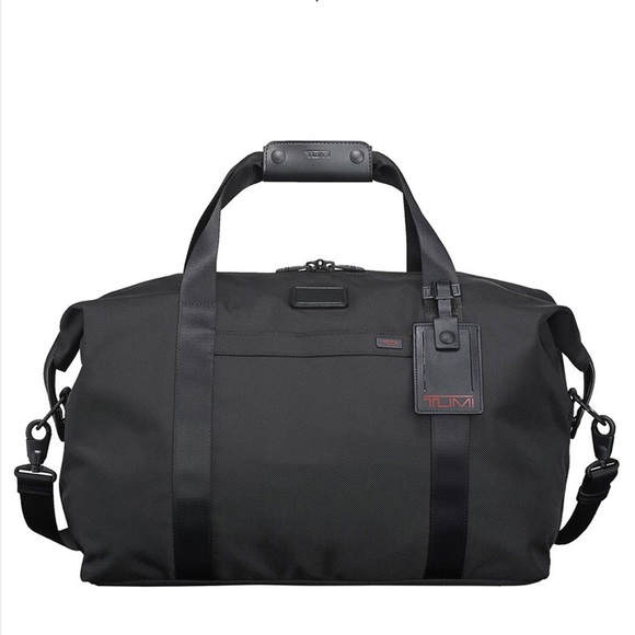 NWT TUMI Corporate Collection Weekender Duffel 8d481ff58967c